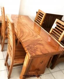 Meja Makan Trembesi Solid Natur, jual meja makan trembesi, kursi makan besi, kursi makan jati, kursi makan kayu, kursi makan minimalis, kursi makan minimalis modern, meja makan besi, meja makan jepara, meja makan kayu, meja makan kayu jati, meja makan kayu trembesi, meja makan kayu trembesi utuh, meja makan mewah 4 kursi, meja makan mewah 6 kursi, meja makan mewah jepara, meja makan mewah kayu jati, meja makan mewah klasik, meja makan mewah minimalis, meja makan mewah modern, meja makan minimalis, meja makan trembesi jepara, meja makan trembesi minimalis, meja makan trembesi murah, meja makan trembesi resin, meja trembesi modern